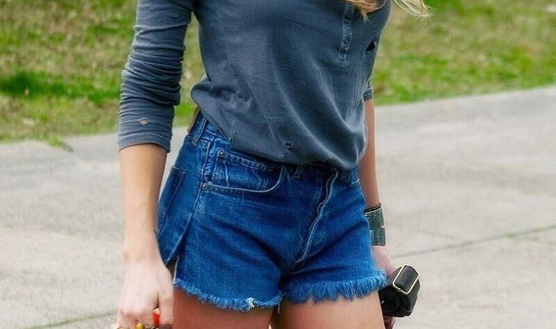сделать шорты своими руками из старых джинсов