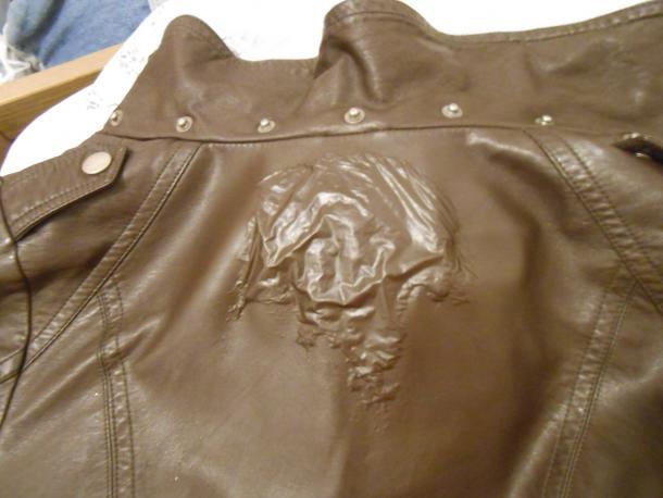 Как почистить куртку из кожзаменителя