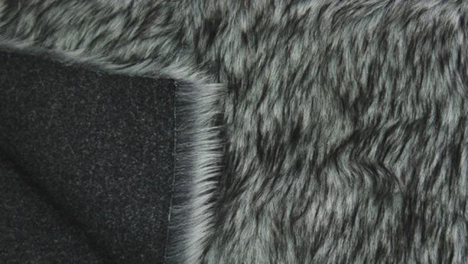 современный искусственный мех, экомех волка, песца, крупный вид экомеха на трикотажном полотне