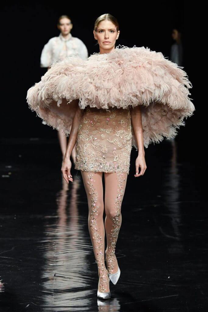 показ мод в Париже