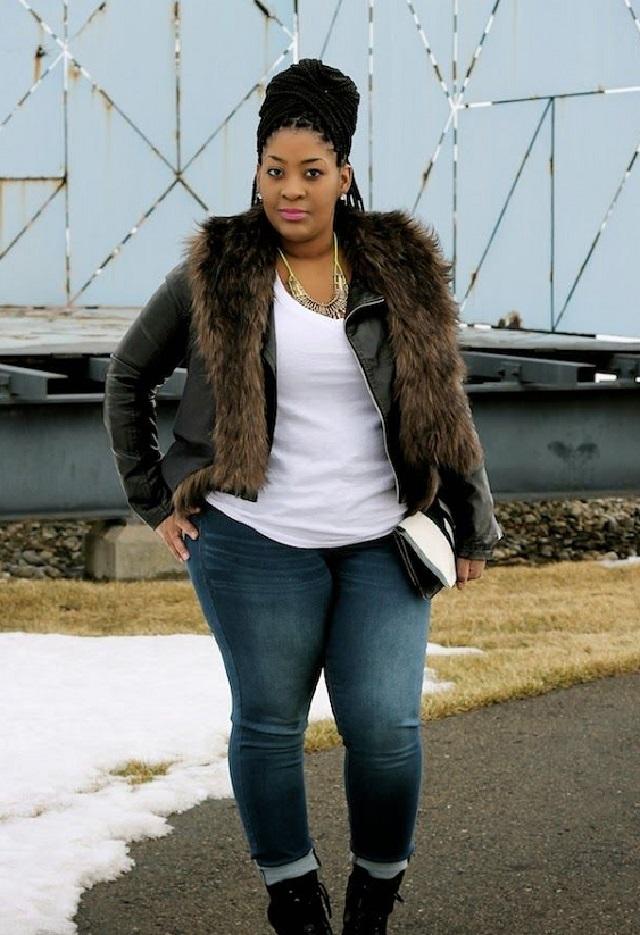 куртки большого размера с мехом